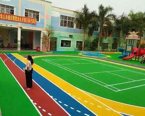 幼儿园地坪漆施工现场